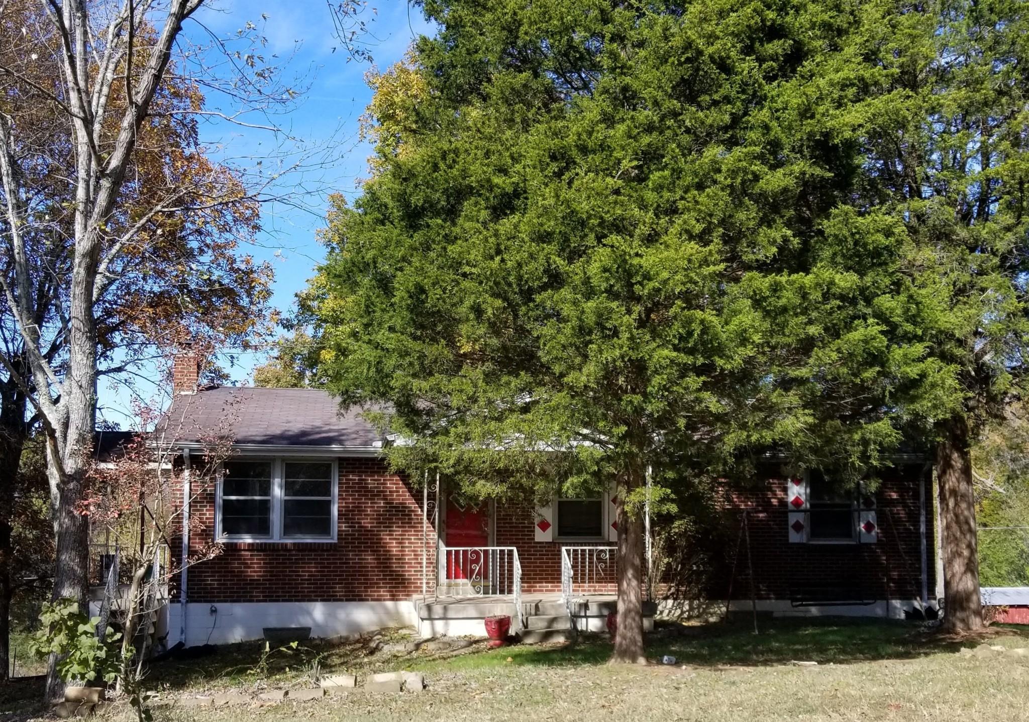 1355 Hayshed Rd, Charlotte, TN 37036 - Charlotte, TN real estate listing