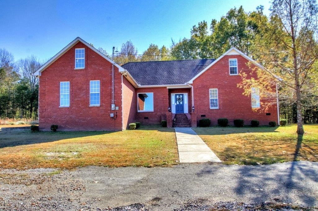 221 Fairway Green Drive, Shelbyville, TN 37160 - Shelbyville, TN real estate listing