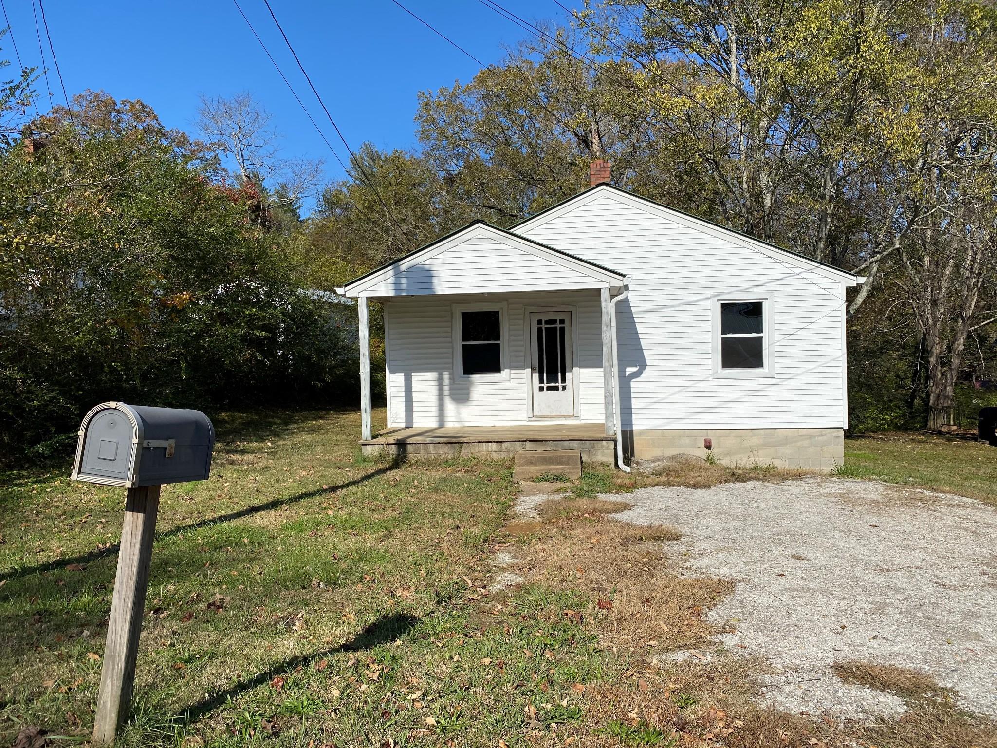 109 Riverside Dr, Centerville, TN 37033 - Centerville, TN real estate listing