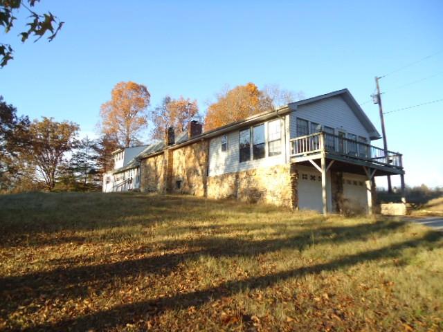 5956 King Robert Ln, Westmoreland, TN 37186 - Westmoreland, TN real estate listing