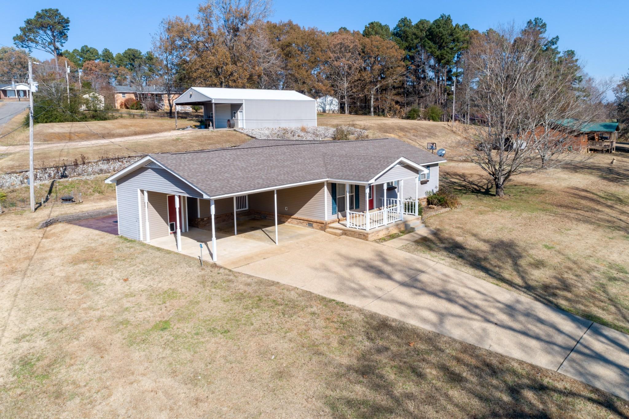 131 Pettigrew St, Parsons, TN 38363 - Parsons, TN real estate listing