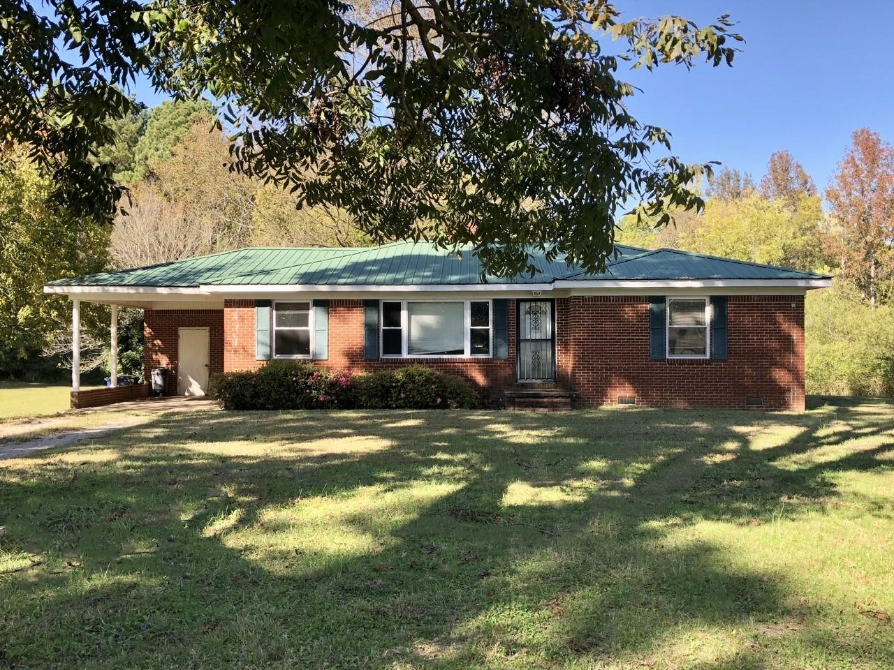 552 Farber Dr, Adamsville, TN 38310 - Adamsville, TN real estate listing