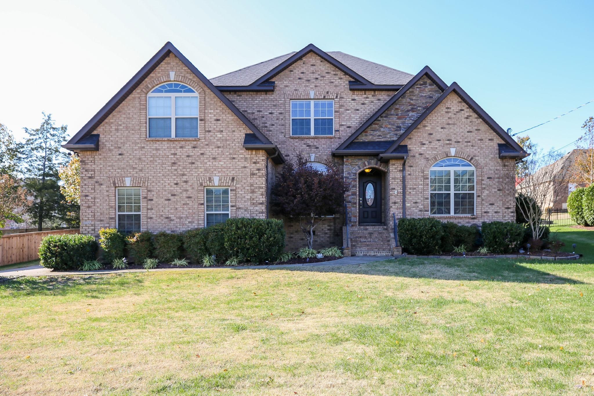 8027 Vineyard Ln, LA VERGNE, TN 37086 - LA VERGNE, TN real estate listing