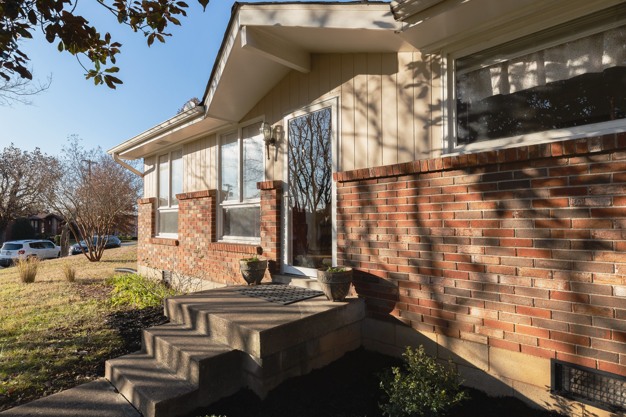 6514 Thunderbird Dr, Nashville, TN 37209 - Nashville, TN real estate listing