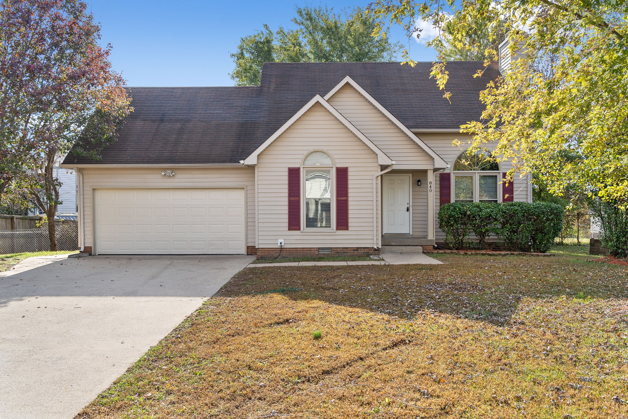 840 Iris Lane, Clarksville, TN 37042 - Clarksville, TN real estate listing