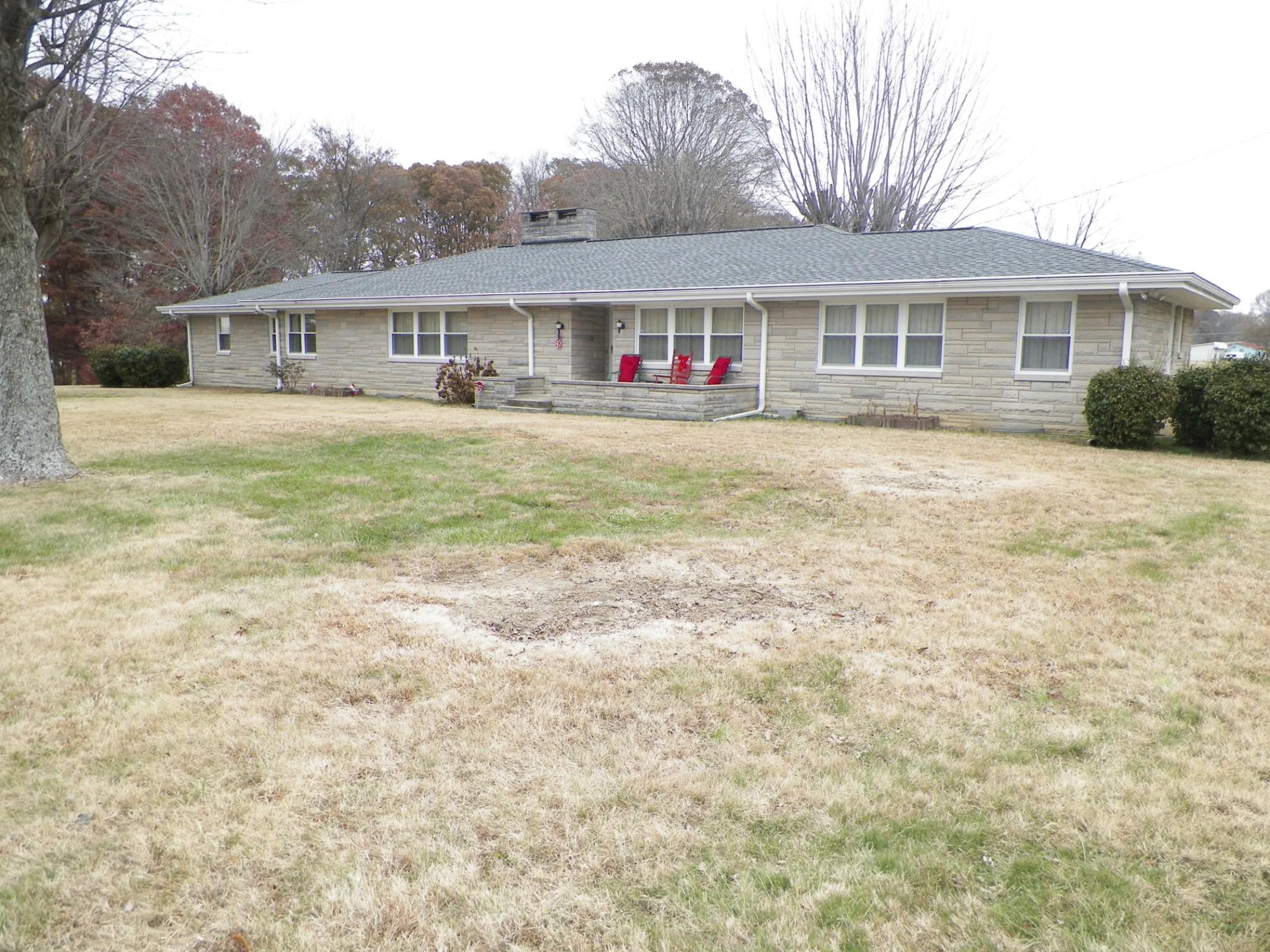 1300 Ellington Dr, Lafayette, TN 37083 - Lafayette, TN real estate listing