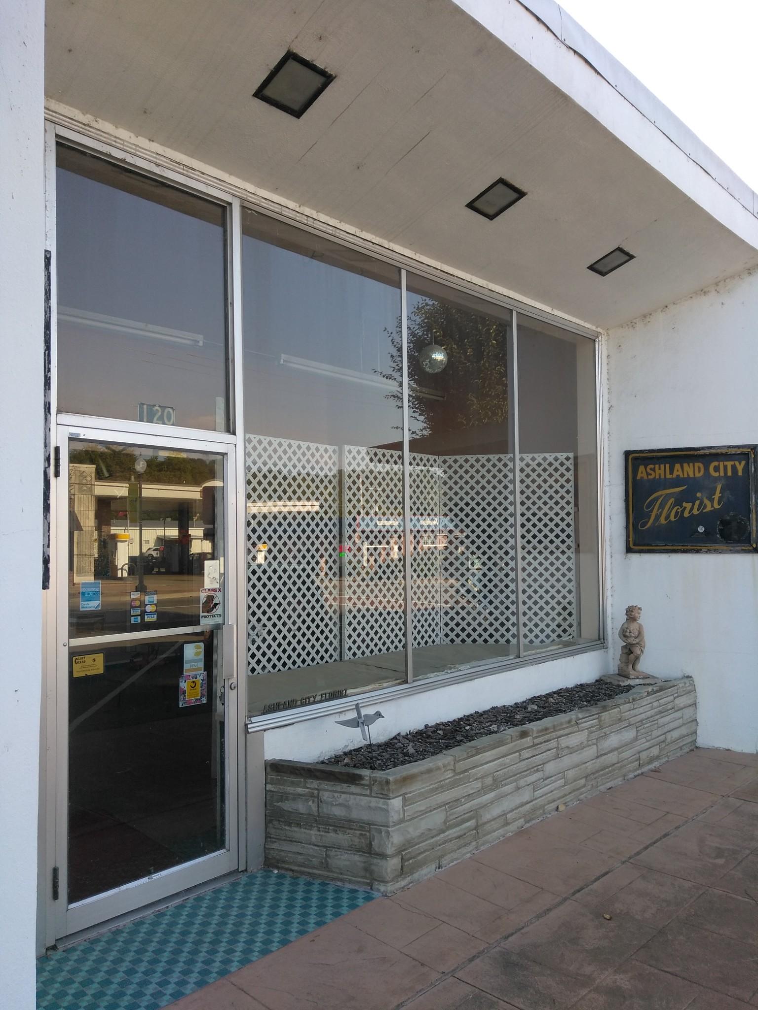 120 N Main St Property Photo - Ashland City, TN real estate listing
