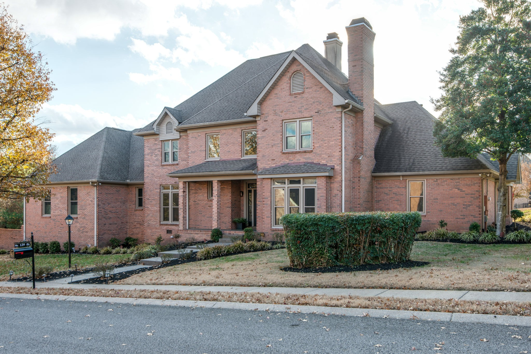 129 N Country Club Dr, Hendersonville, TN 37075 - Hendersonville, TN real estate listing