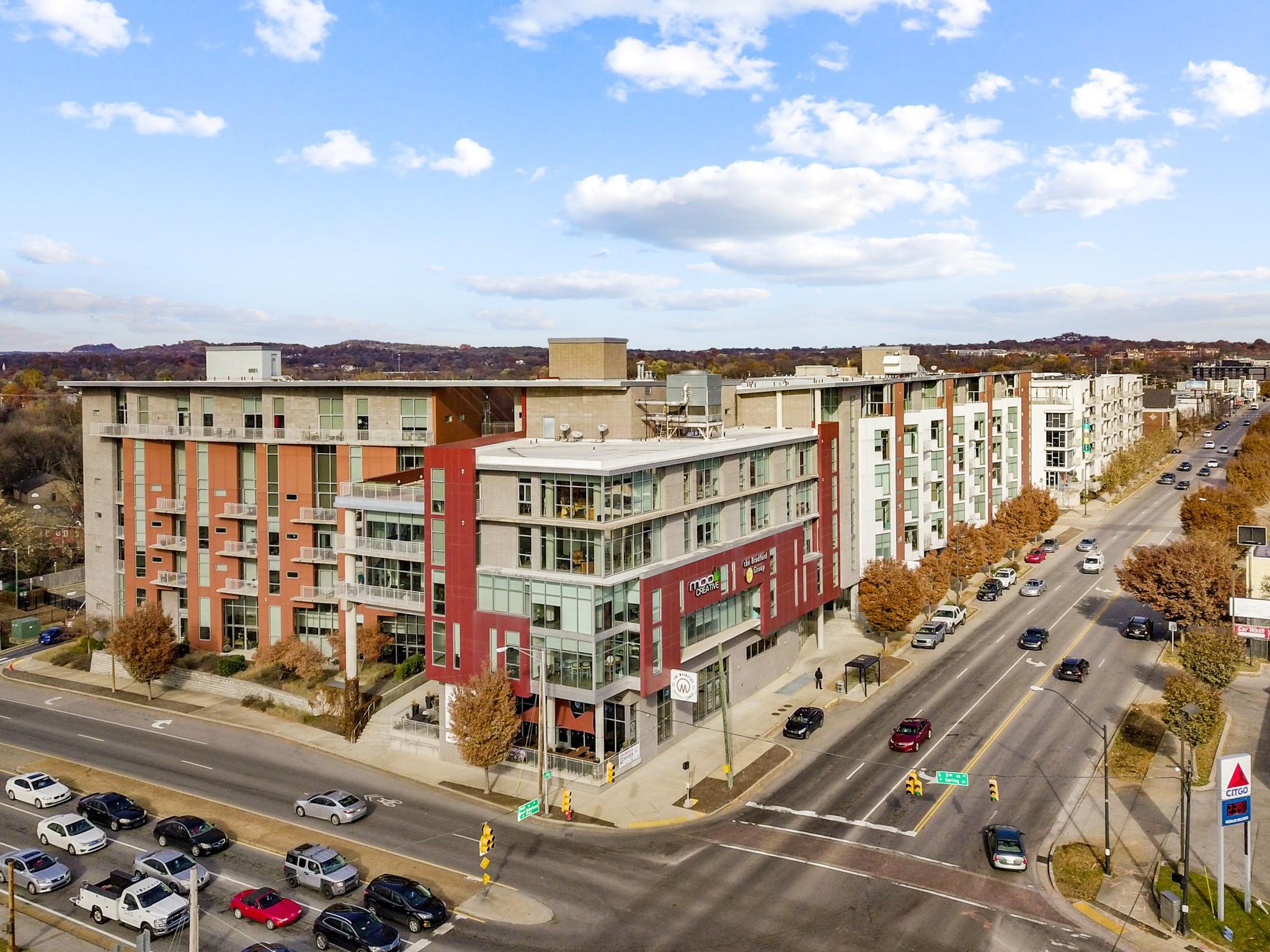 5th & Main Real Estate Listings Main Image