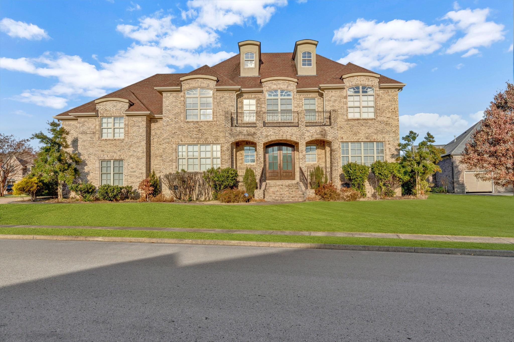 1083 Gadwall Cir, Hendersonville, TN 37075 - Hendersonville, TN real estate listing