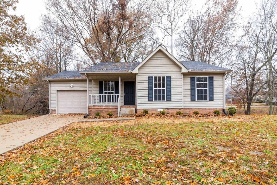 2810 Hinson Rd, Woodlawn, TN 37191 - Woodlawn, TN real estate listing