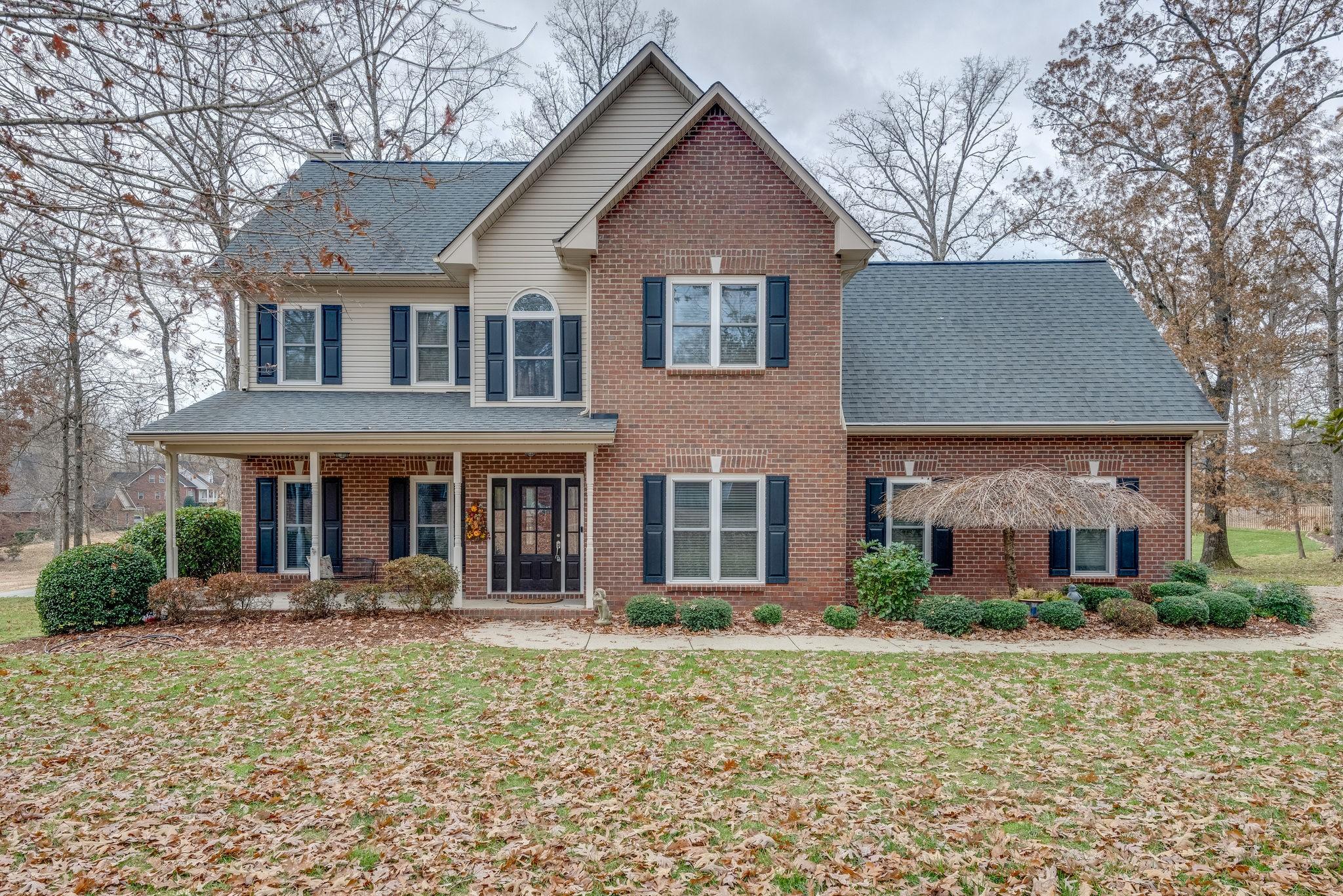1004 Ridglea Drive, Burns, TN 37029 - Burns, TN real estate listing