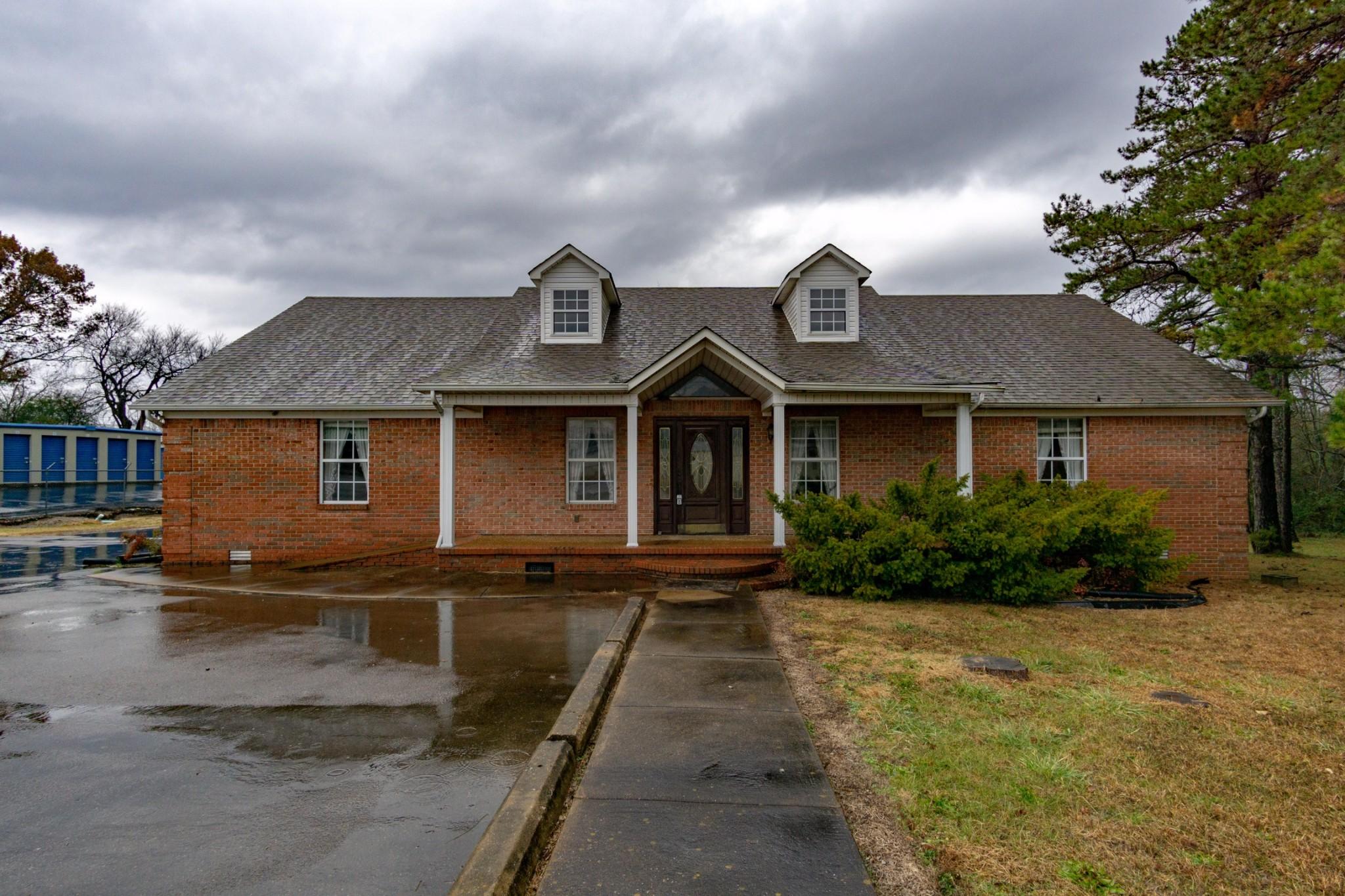 121 Joe Ave Property Photo - Hohenwald, TN real estate listing