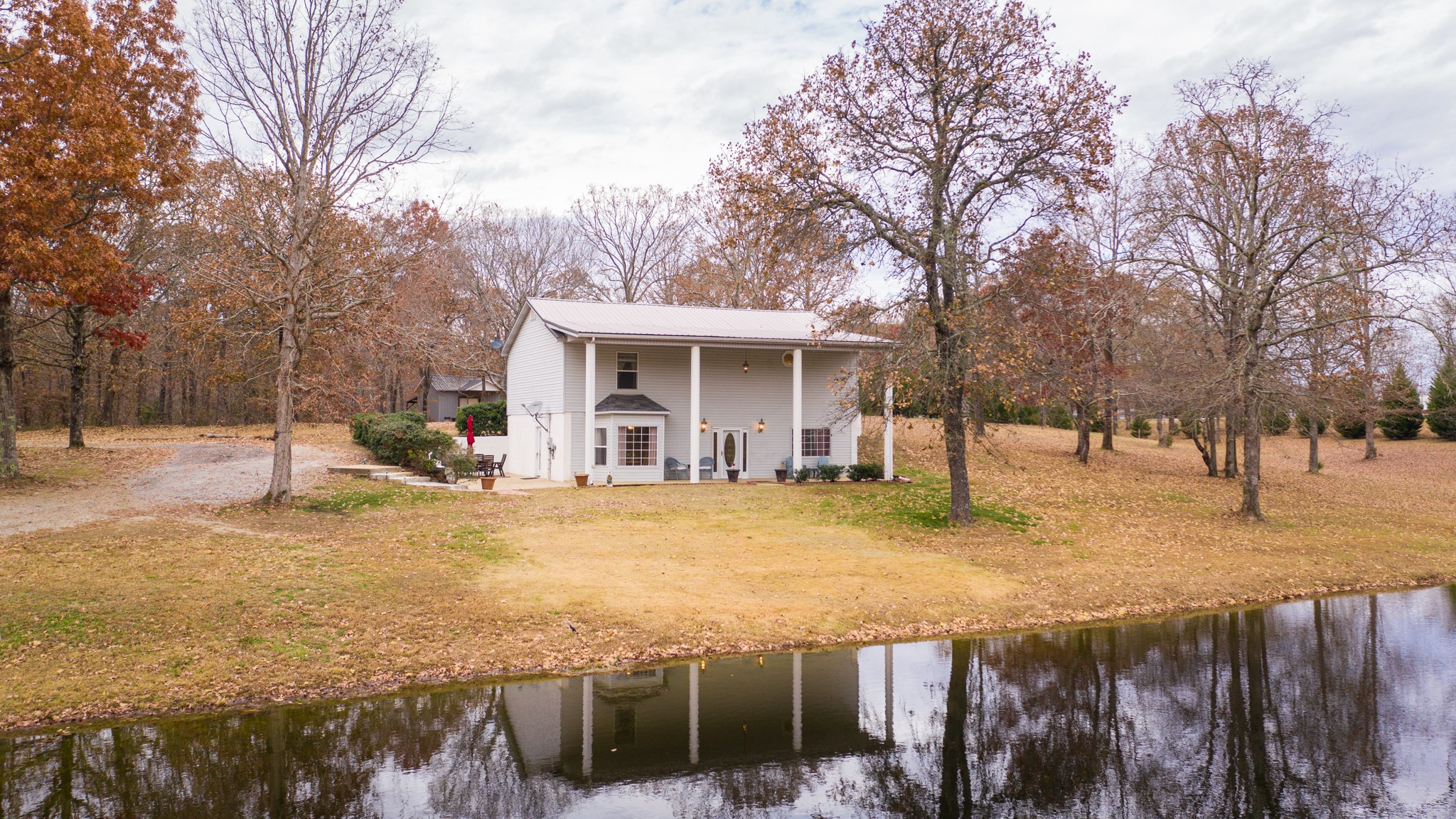 112 Napier Rd Property Photo - Hohenwald, TN real estate listing
