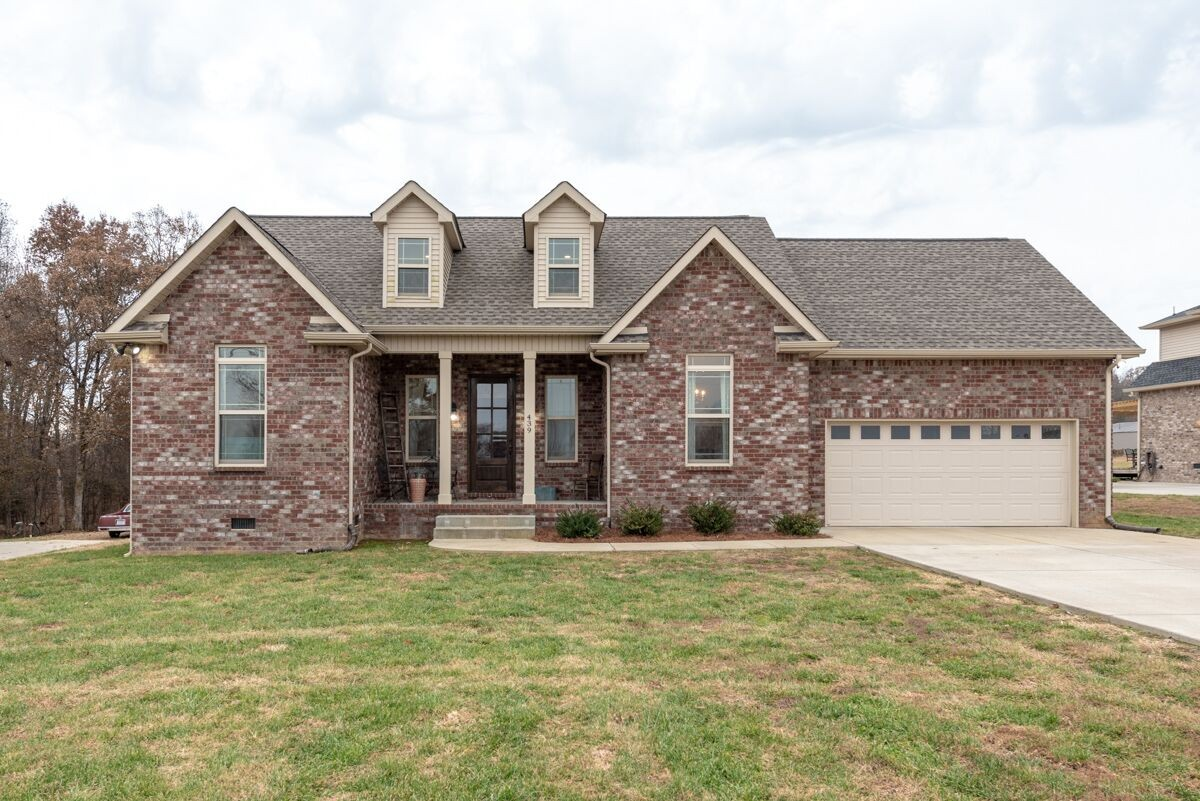 439 Tom Link Rd, Cottontown, TN 37048 - Cottontown, TN real estate listing