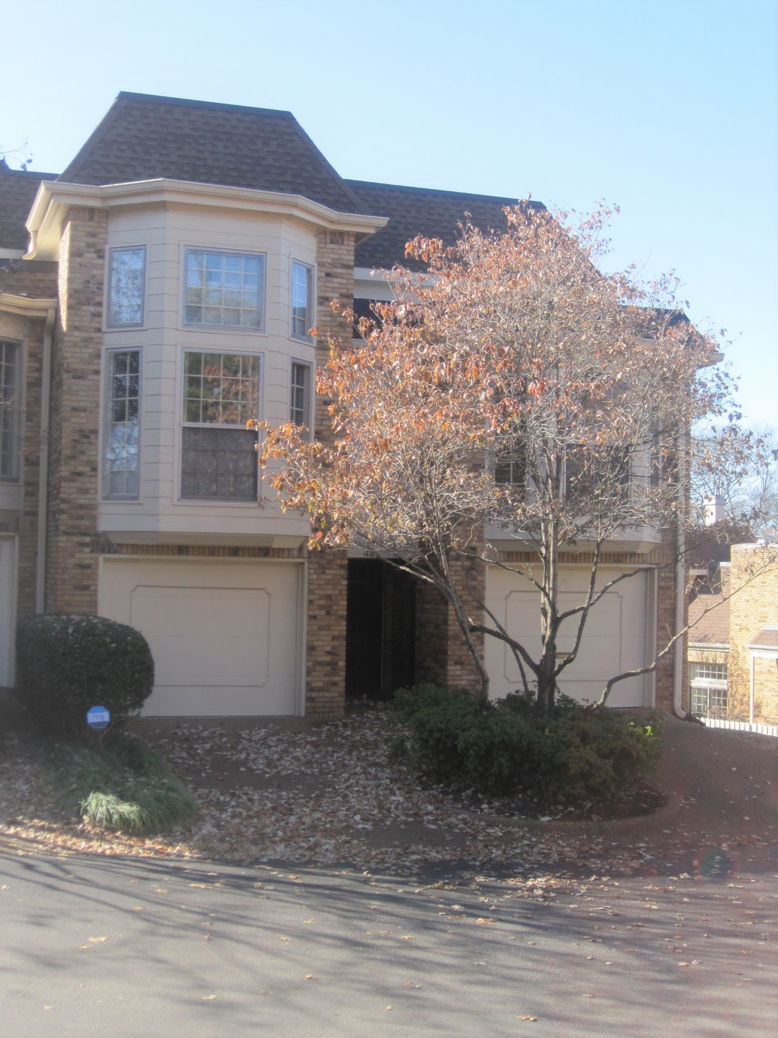 401 Bowling Ave, Nashville, TN 37205 - Nashville, TN real estate listing