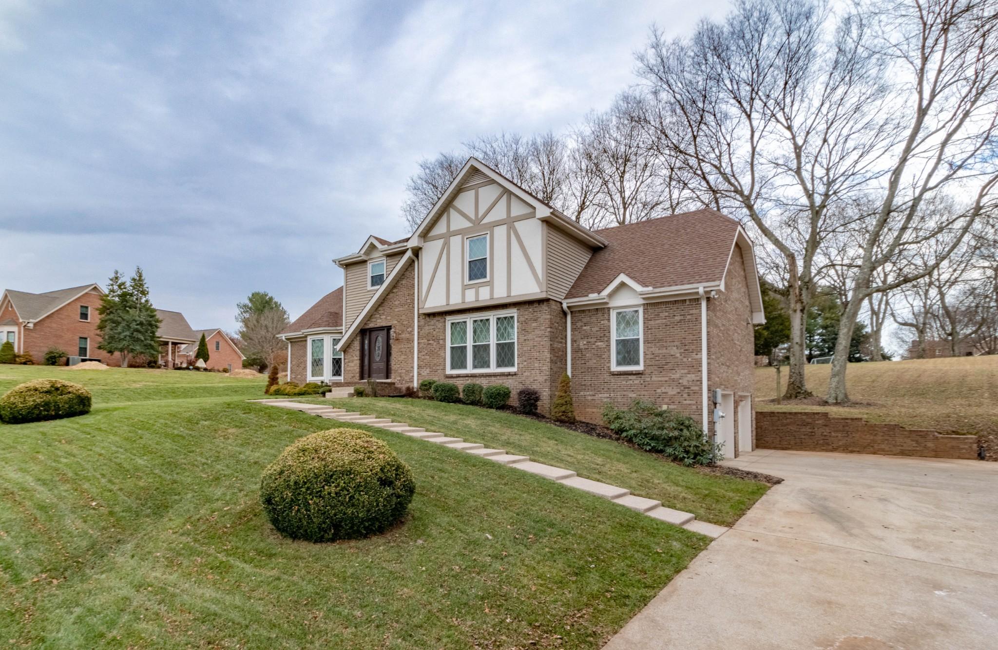 409 Stonemeadow Rd, Clarksville, TN 37043 - Clarksville, TN real estate listing
