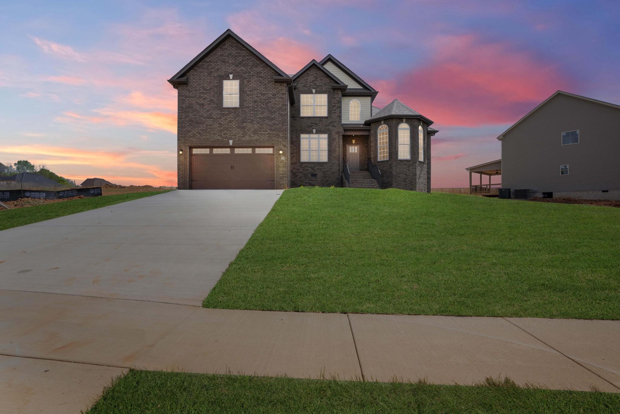677 Farmington, Clarksville, TN 37043 - Clarksville, TN real estate listing