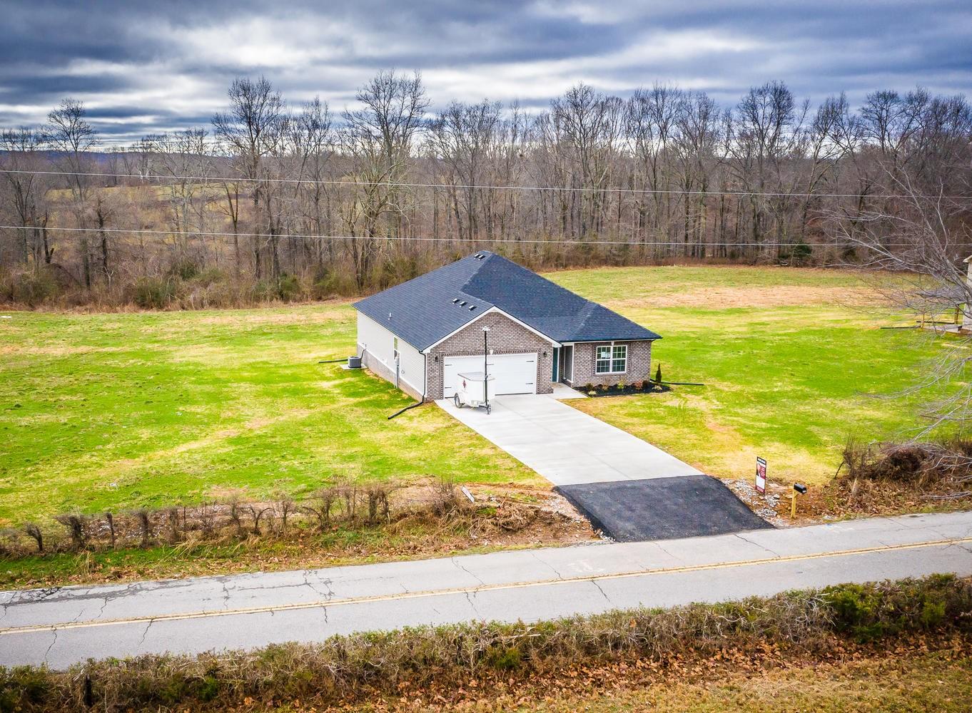 3 Mt. Herman Rd, Southside, TN 37171 - Southside, TN real estate listing