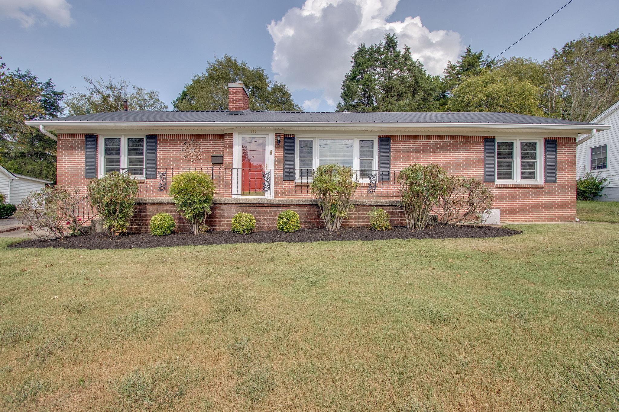 715 Jefferson Ave, E, Carthage, TN 37030 - Carthage, TN real estate listing