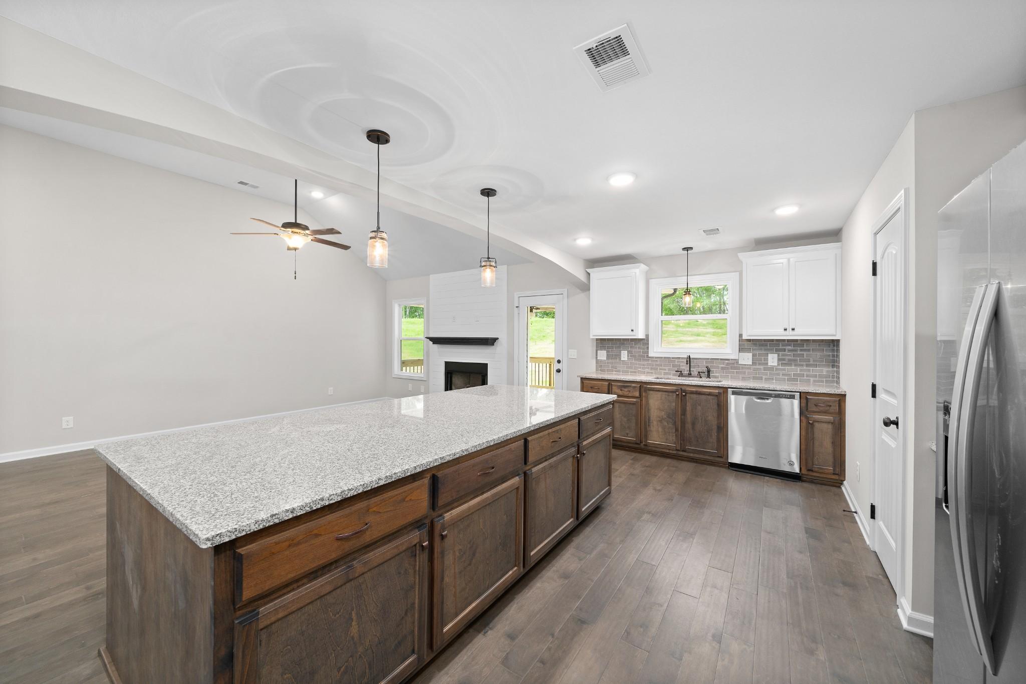 1212 Rich Ellen Drive, Palmyra, TN 37142 - Palmyra, TN real estate listing
