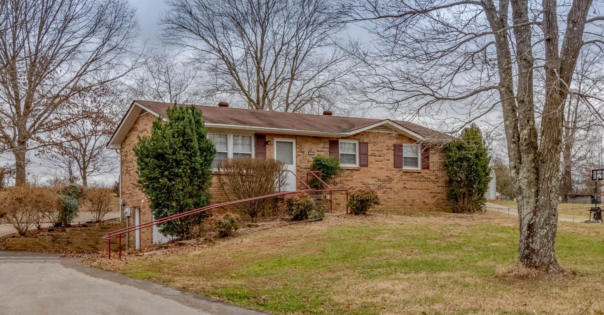 4364 Dover Rd, Woodlawn, TN 37191 - Woodlawn, TN real estate listing