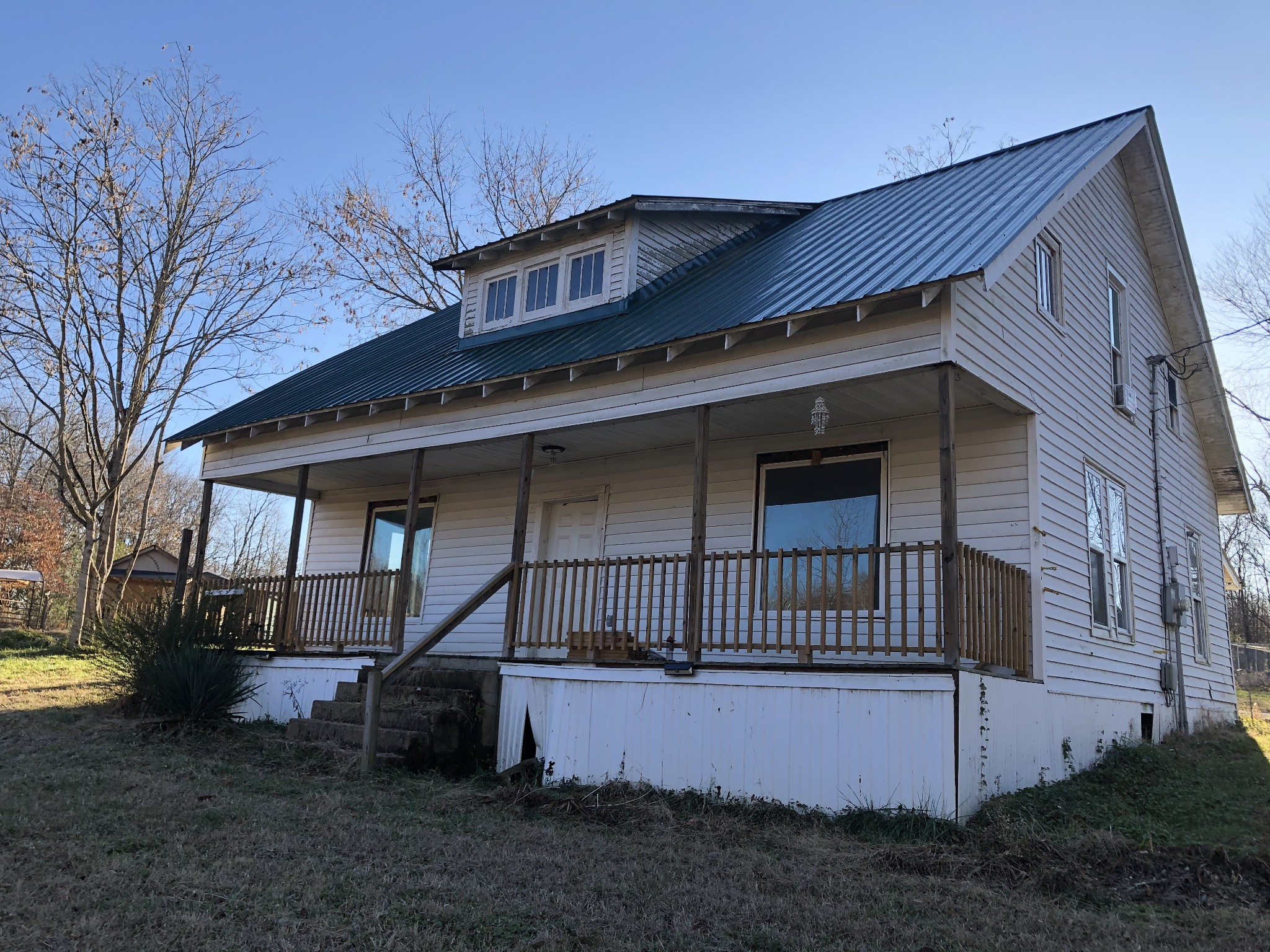 245 Old Lake Rd Property Photo - Red Boiling Springs, TN real estate listing