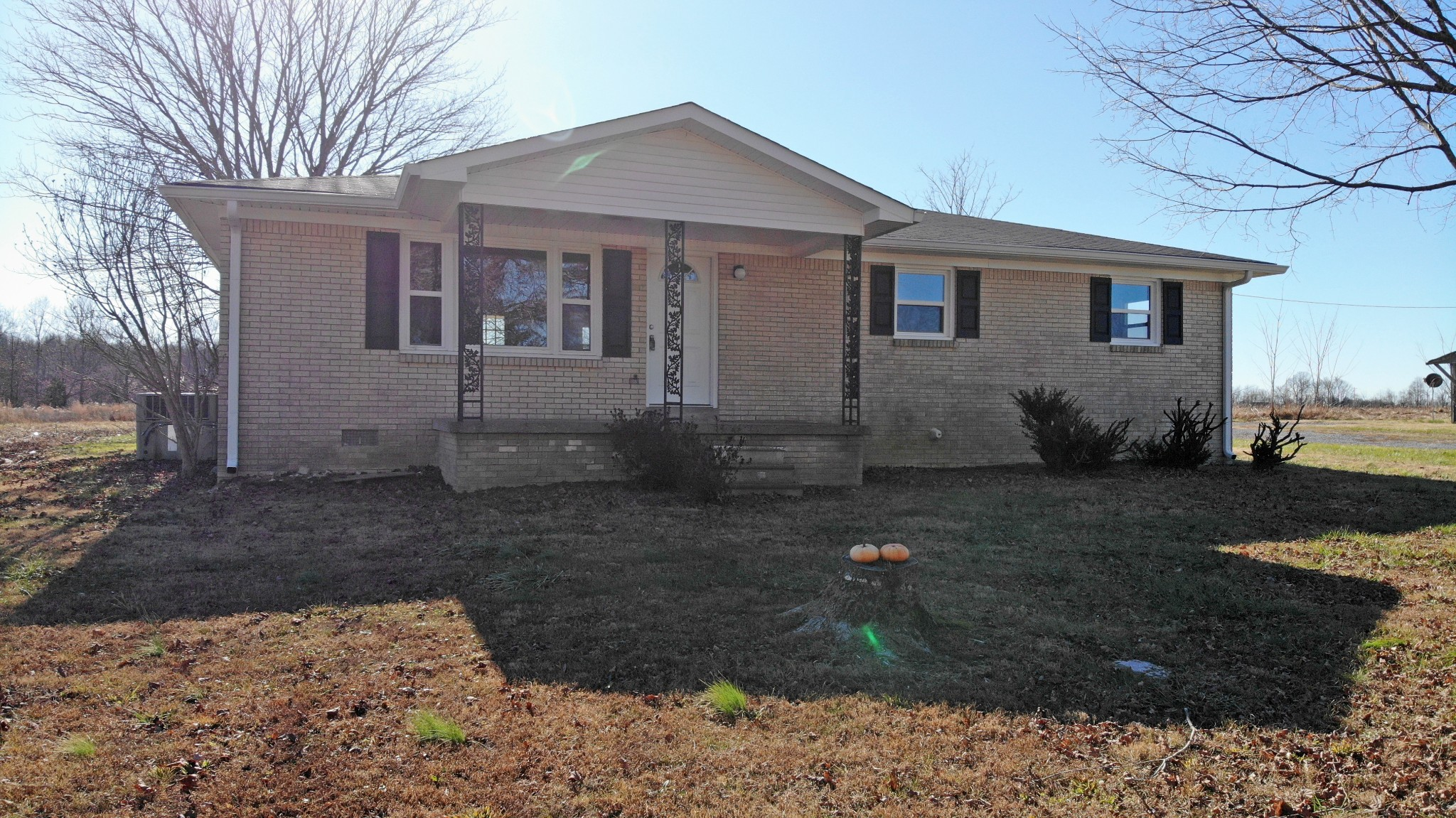 1834 Pleasant Grove Rd Property Photo - Westmoreland, TN real estate listing