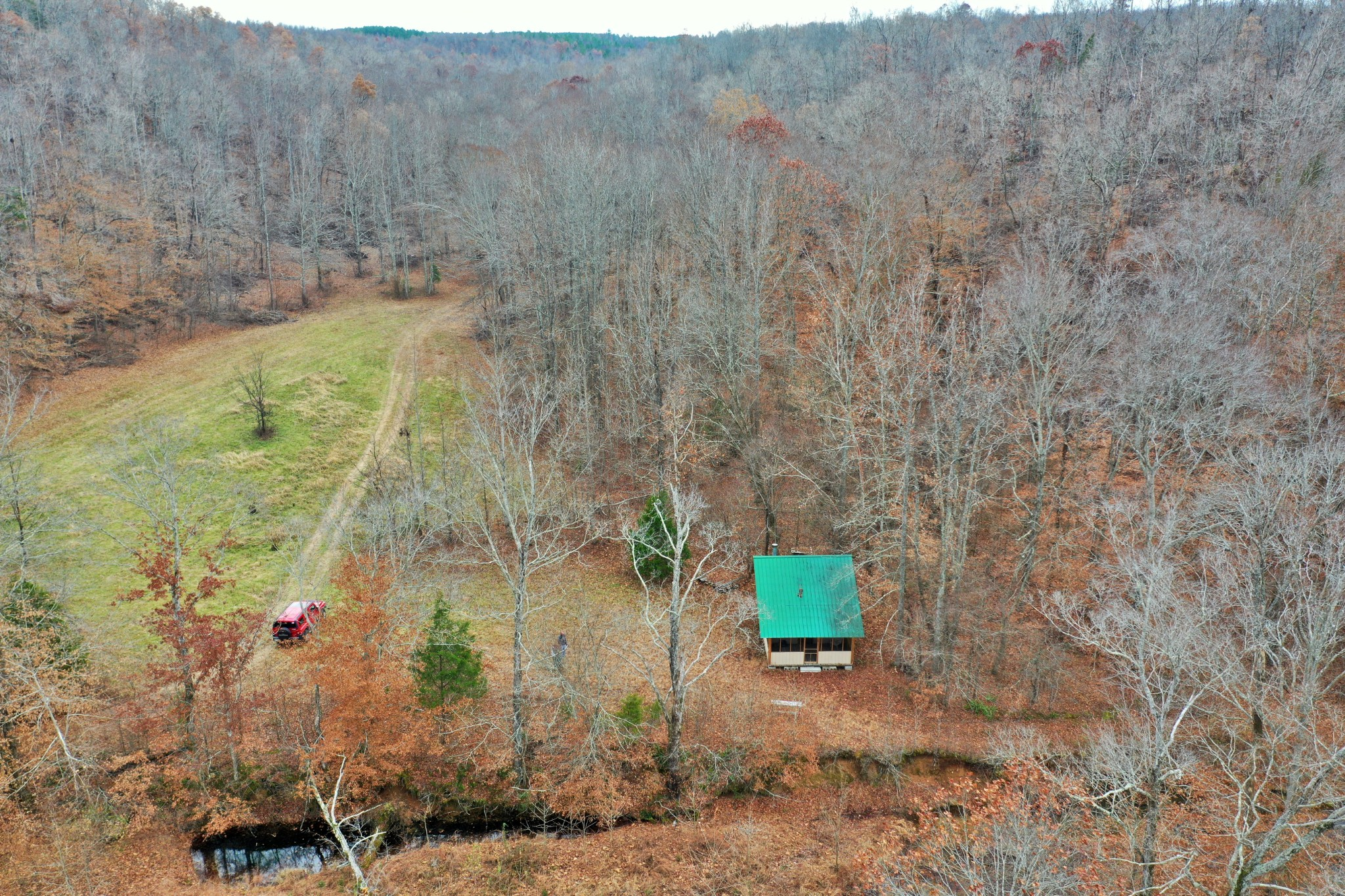 1260 South Toms Creek Rd Property Photo - Linden, TN real estate listing