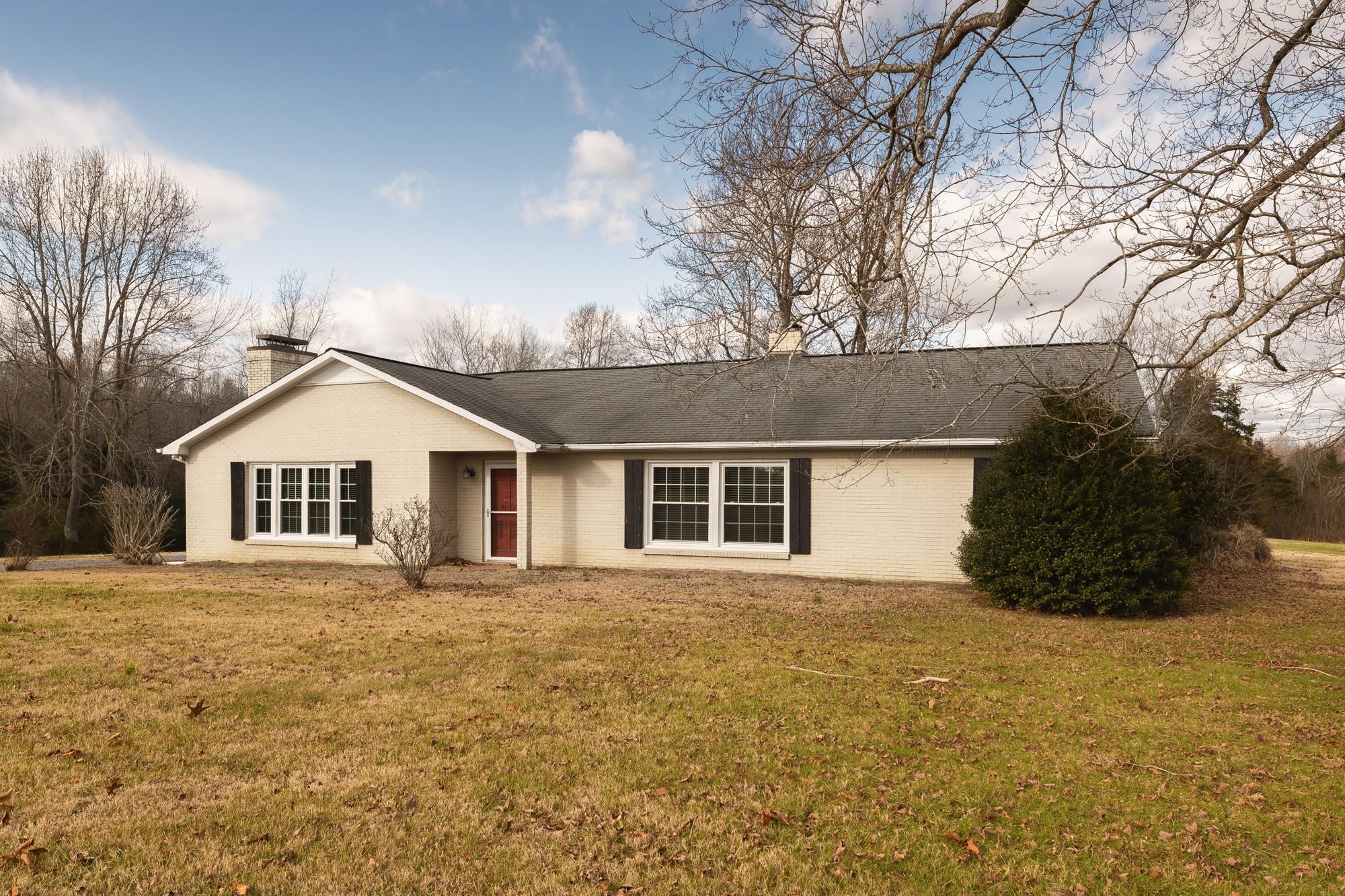 995 Hall Cemetery Rd, Burns, TN 37029 - Burns, TN real estate listing
