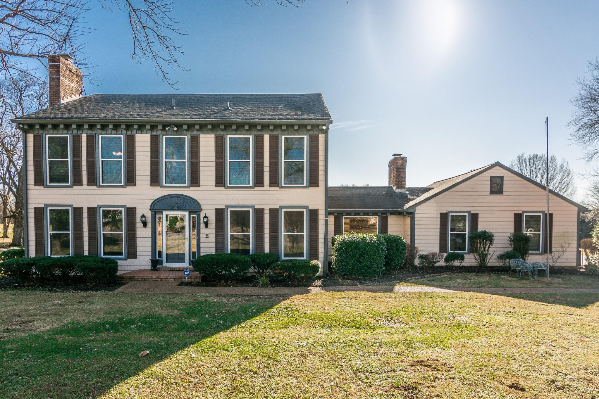 213 Spring Valley Rd, Hendersonville, TN 37075 - Hendersonville, TN real estate listing