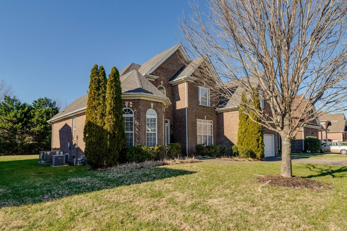 2834 Kaye Dr, Thompsons Station, TN 37179 - Thompsons Station, TN real estate listing