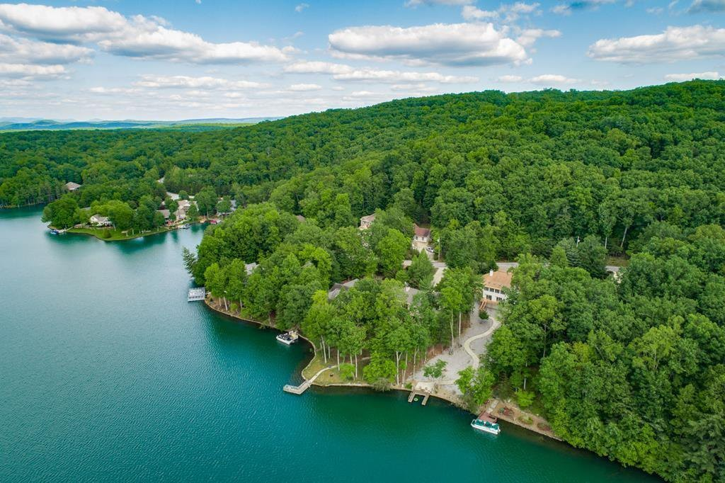 61 Chelteham Ln Property Photo - Crossville, TN real estate listing
