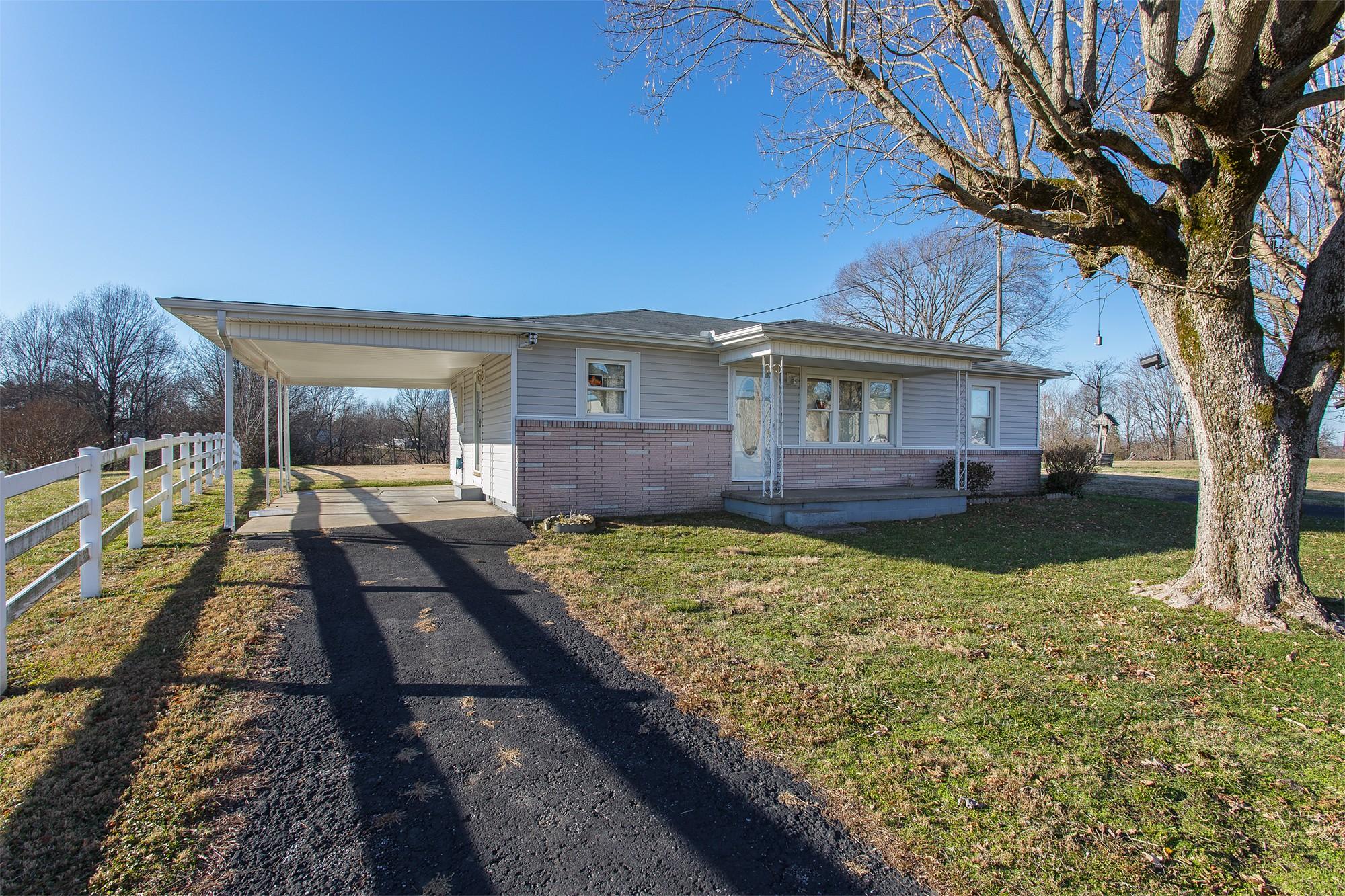 4319 Bledsoe St Property Photo - Westmoreland, TN real estate listing
