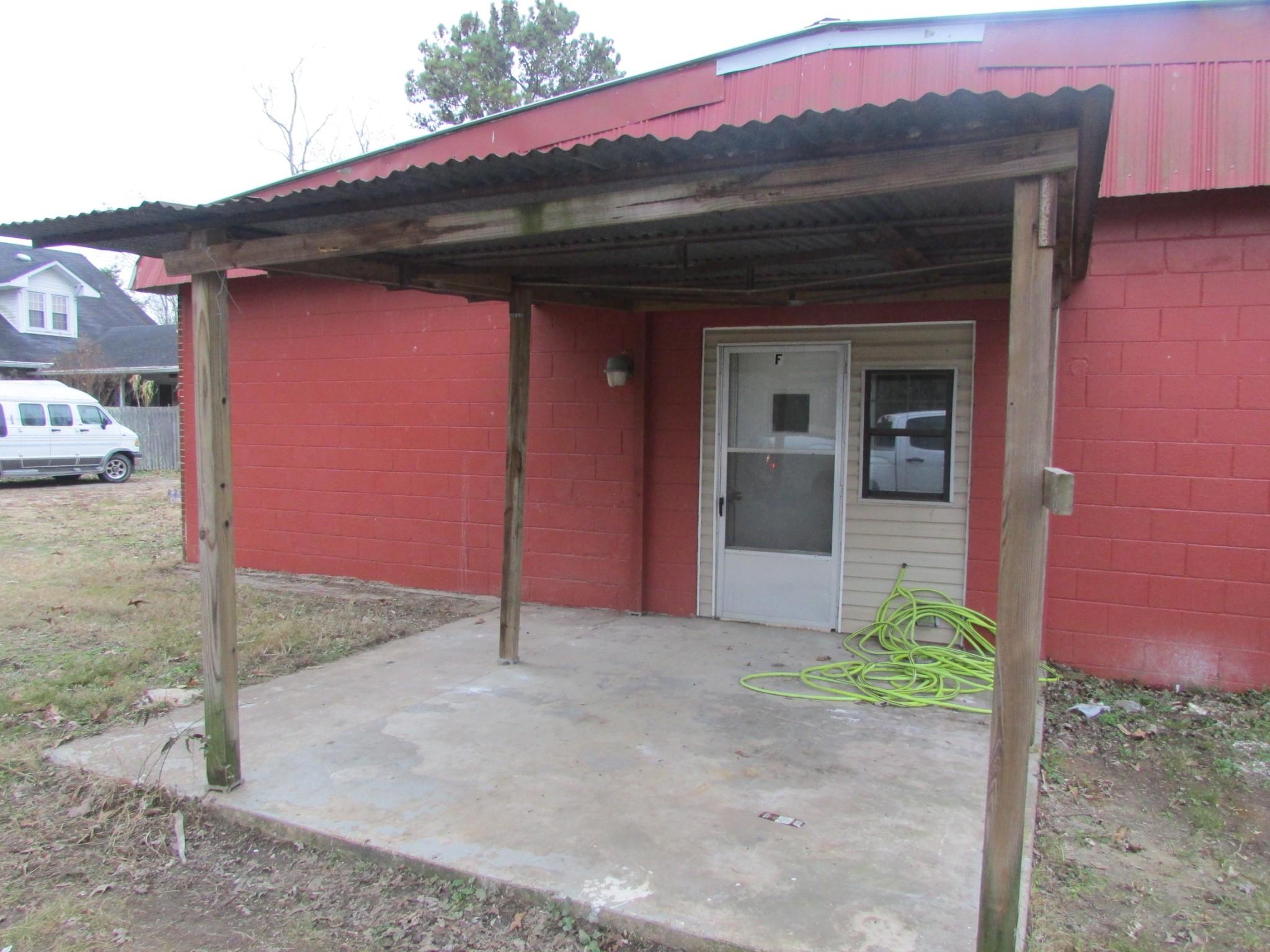 205 W Commerce St E #6 Property Photo - Loretto, TN real estate listing