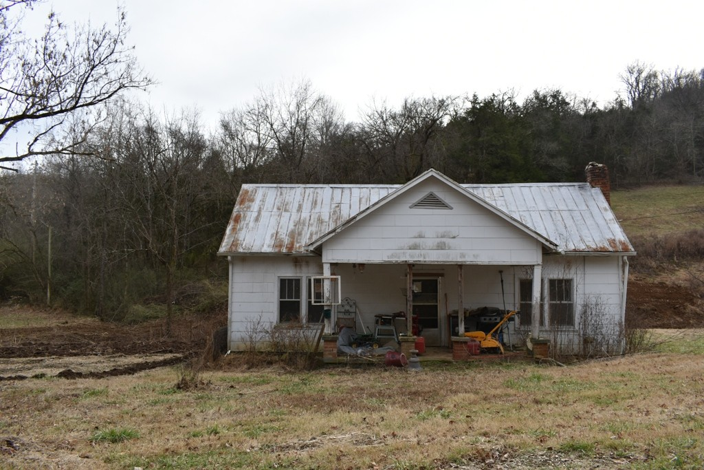183 Sanders Ln, Gainesboro, TN 38562 - Gainesboro, TN real estate listing
