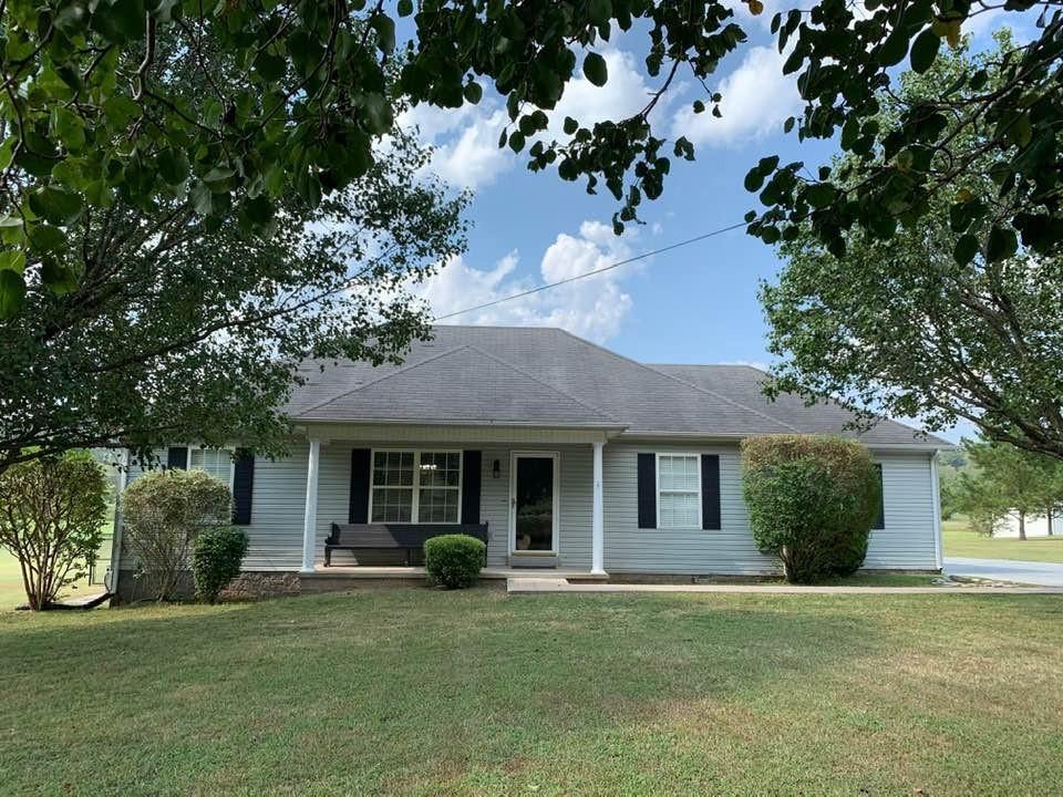 Auburn Elementary Real Estate Listings Main Image