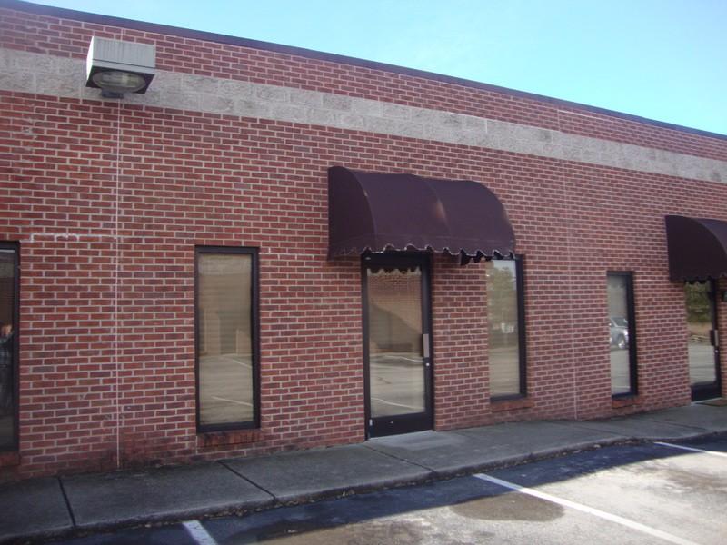 2159 Thompson Lane N Property Photo