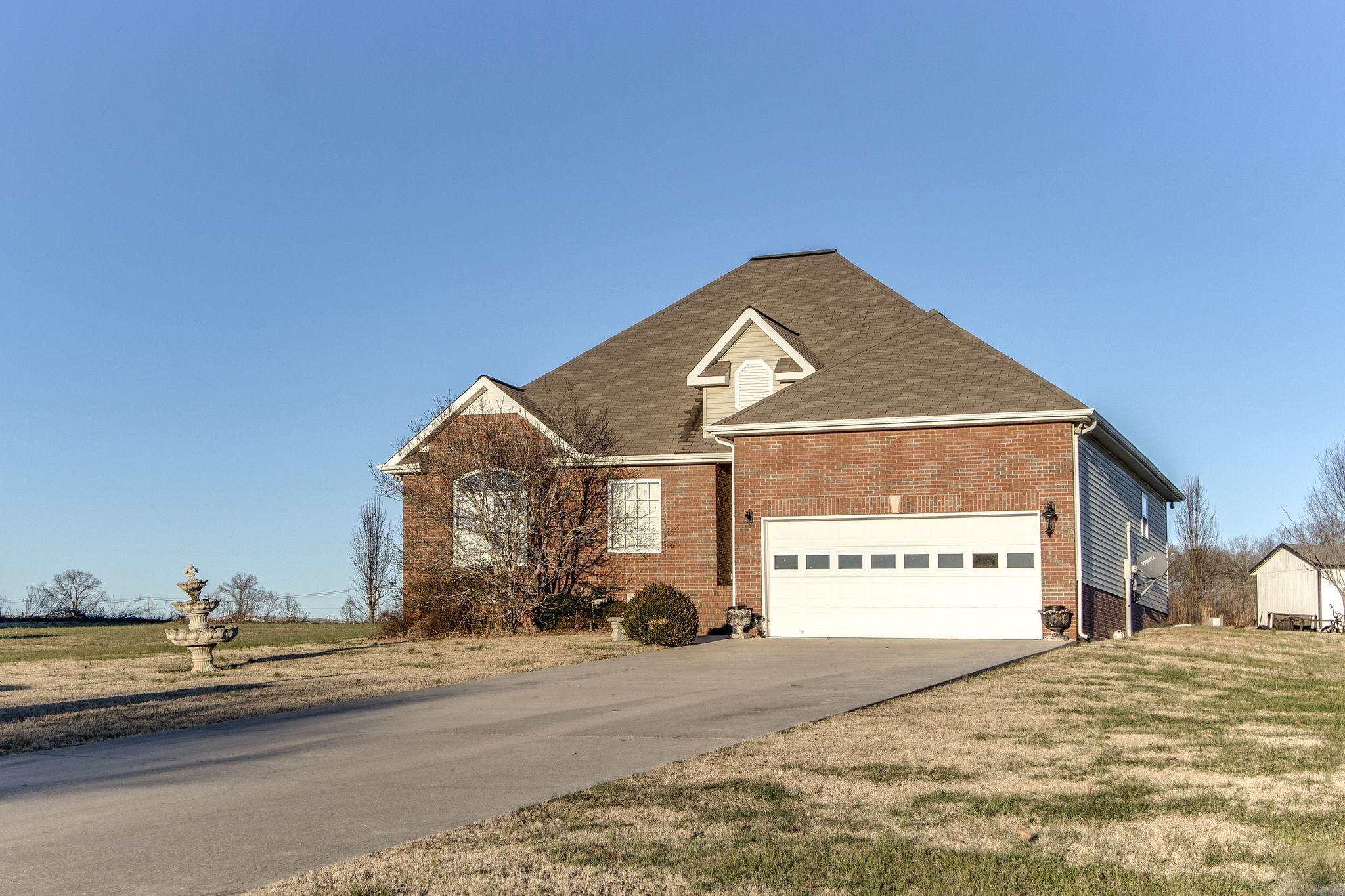 160 Maple Ridge Ct, Mc Minnville, TN 37110 - Mc Minnville, TN real estate listing