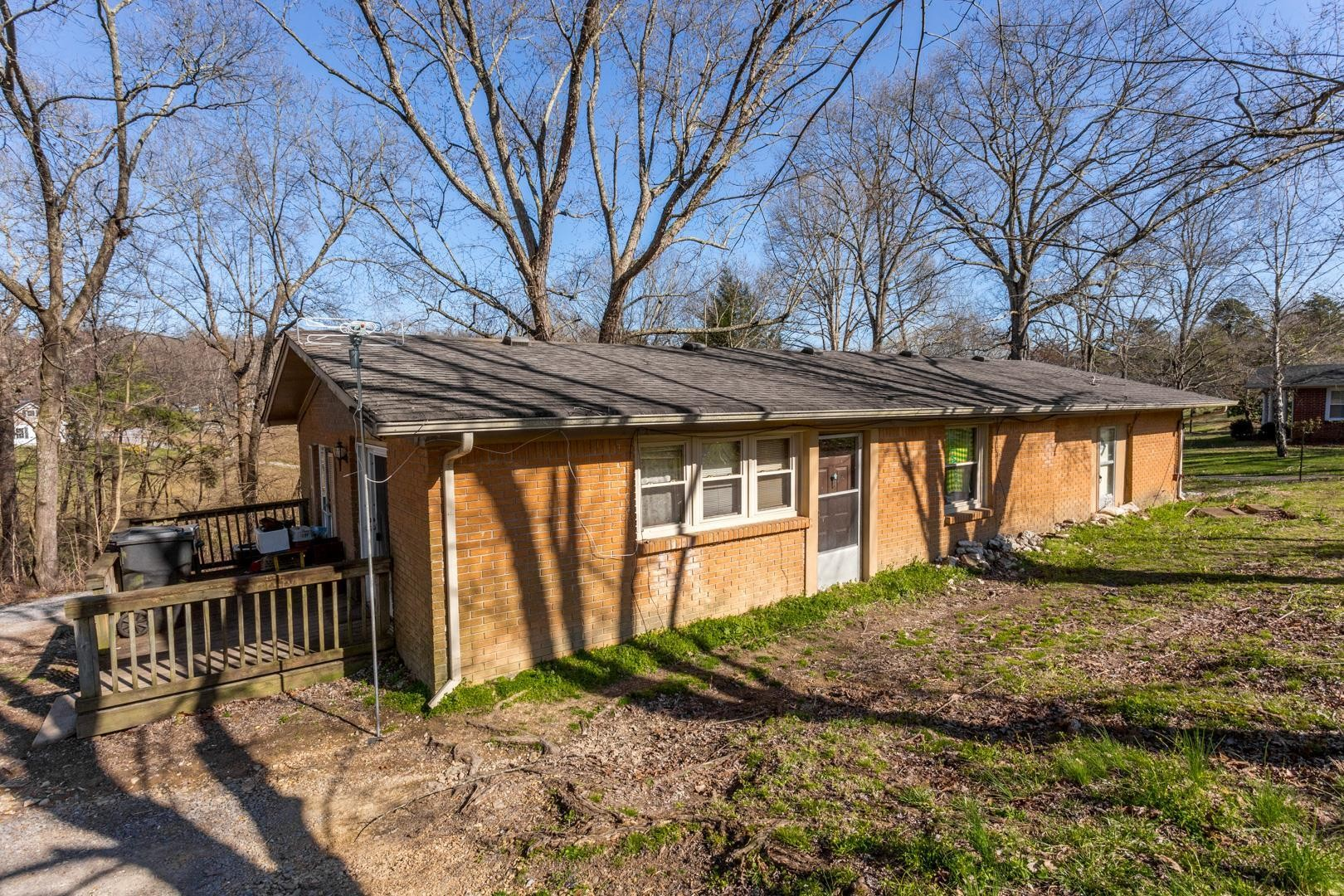 3029 Old Highway 31 E, E, Westmoreland, TN 37186 - Westmoreland, TN real estate listing