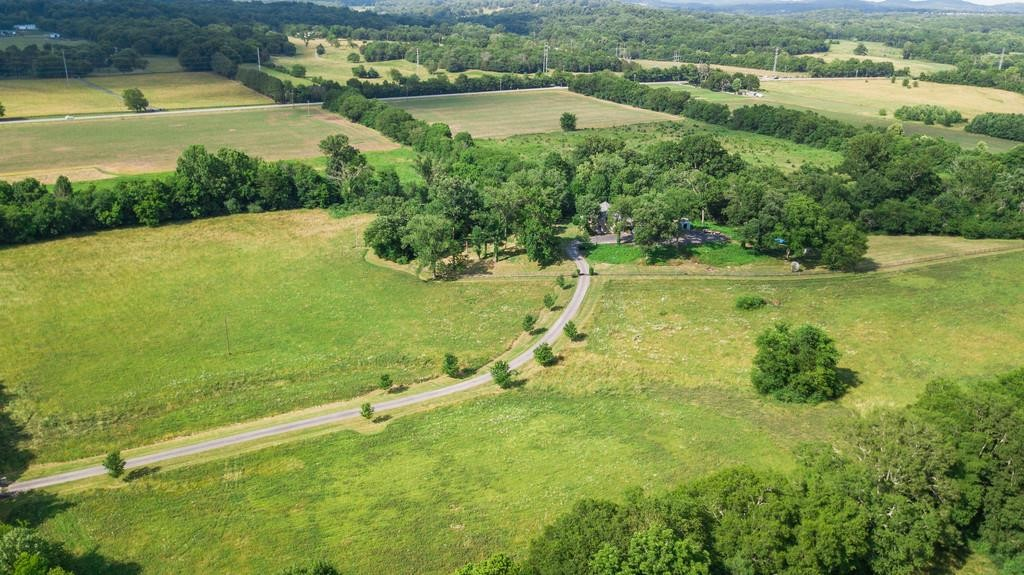 6220 Cox Rd Property Photo - Arrington, TN real estate listing