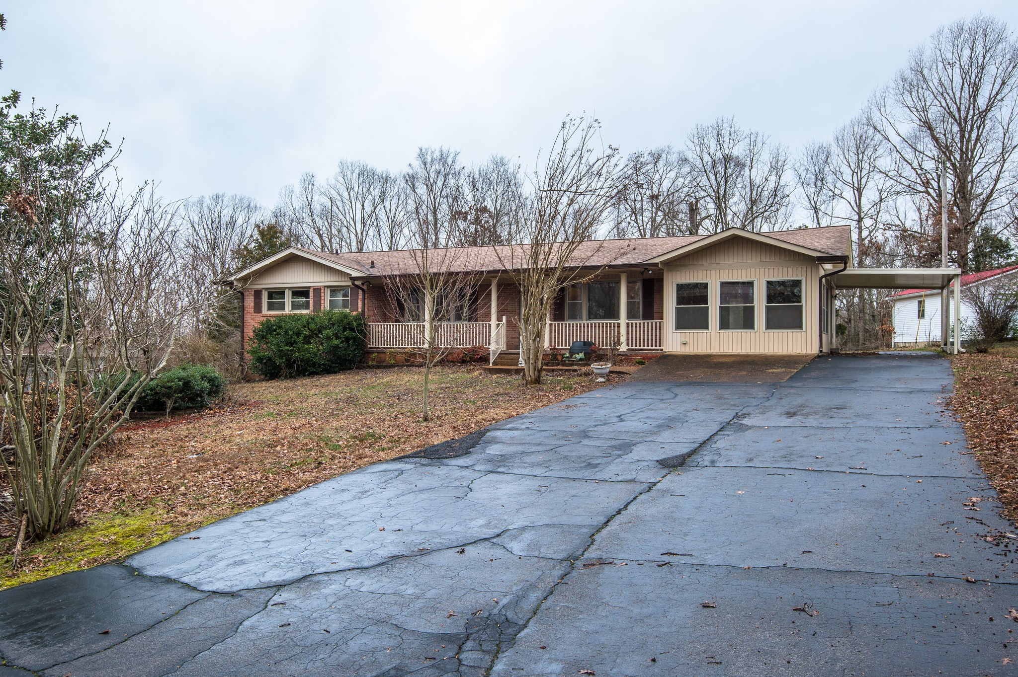 138 Circle Dr, Waverly, TN 37185 - Waverly, TN real estate listing
