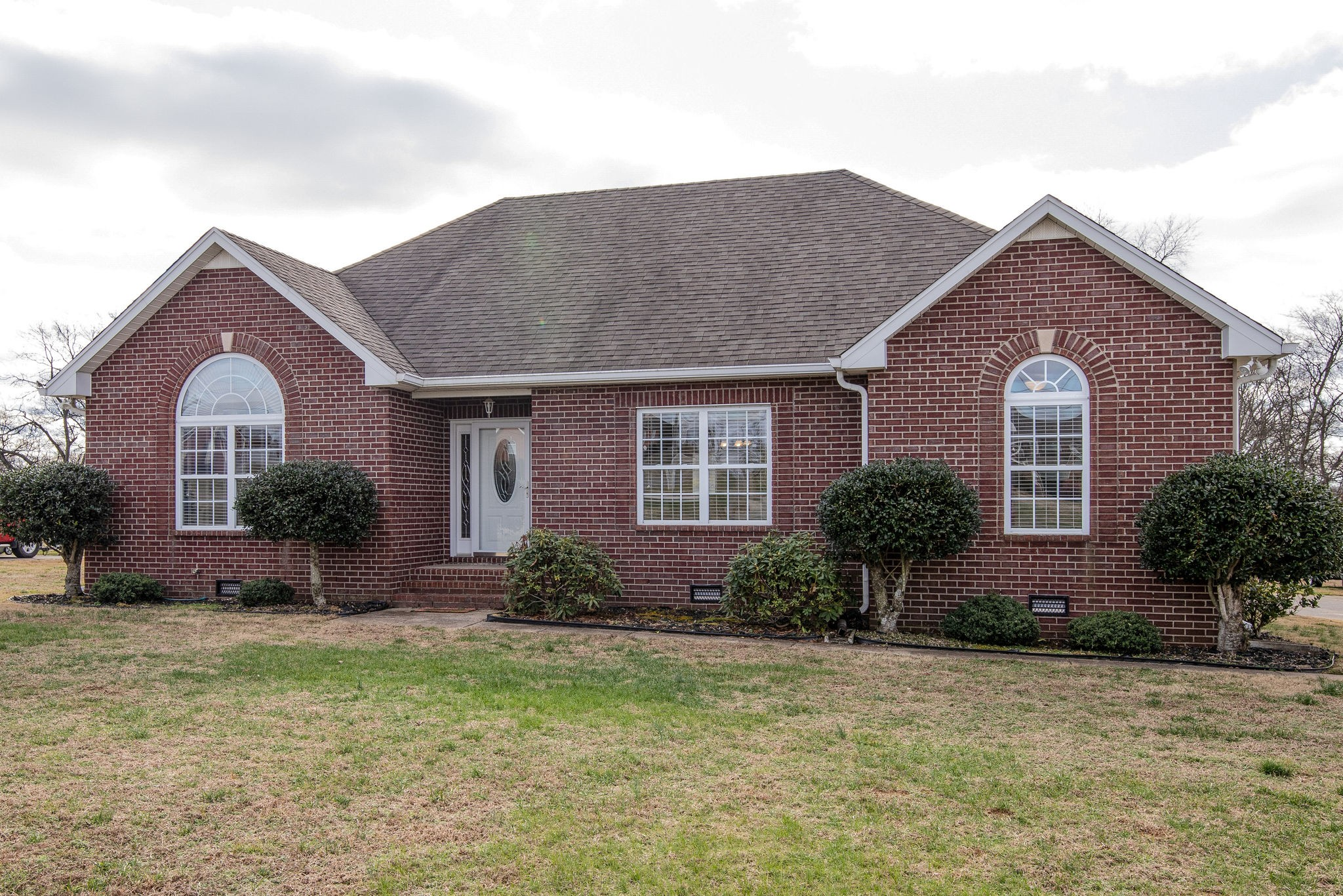 1031 Emerald Way, Castalian Springs, TN 37031 - Castalian Springs, TN real estate listing