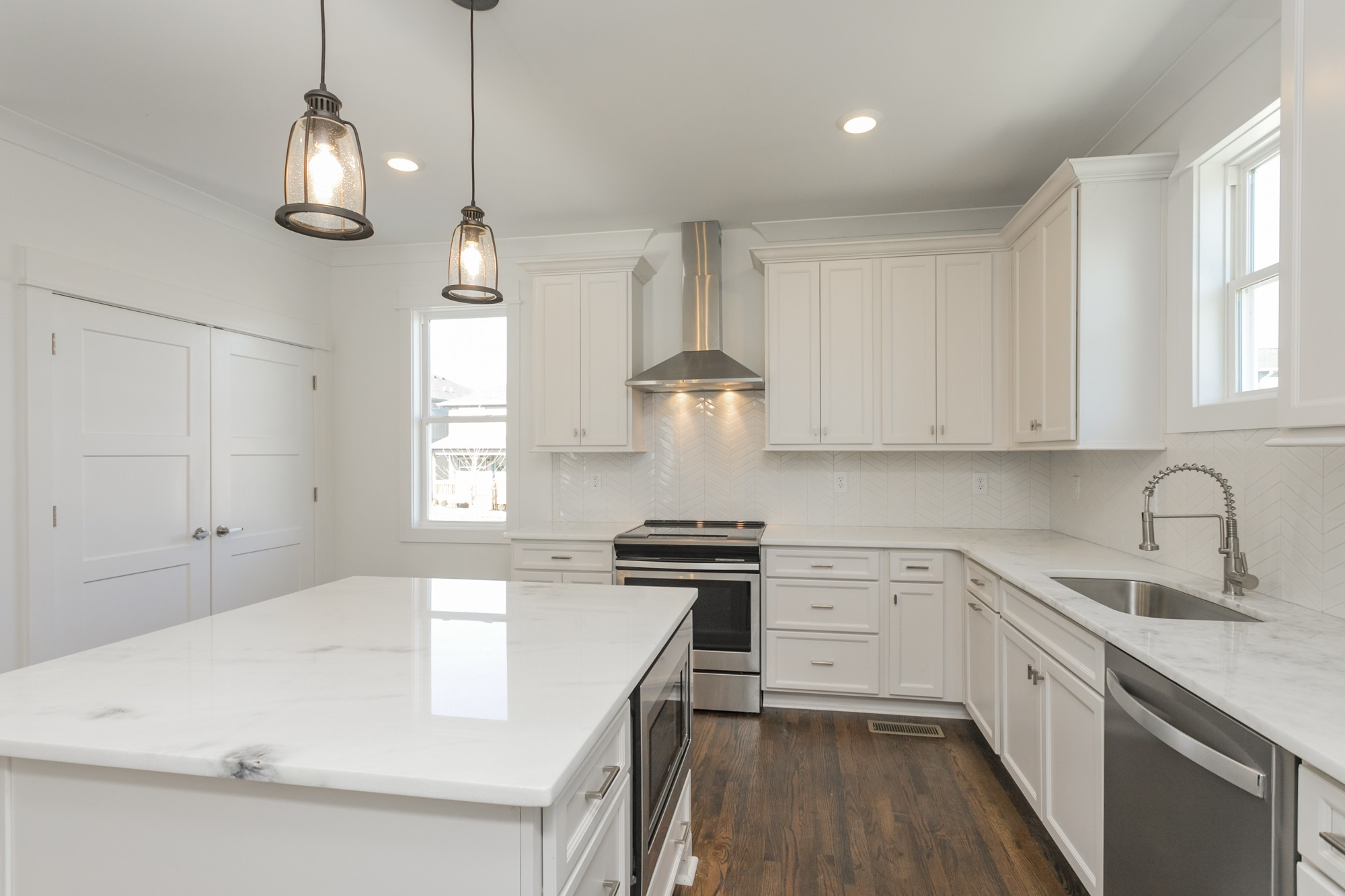 6374B Ivy St, Nashville, TN 37209 - Nashville, TN real estate listing