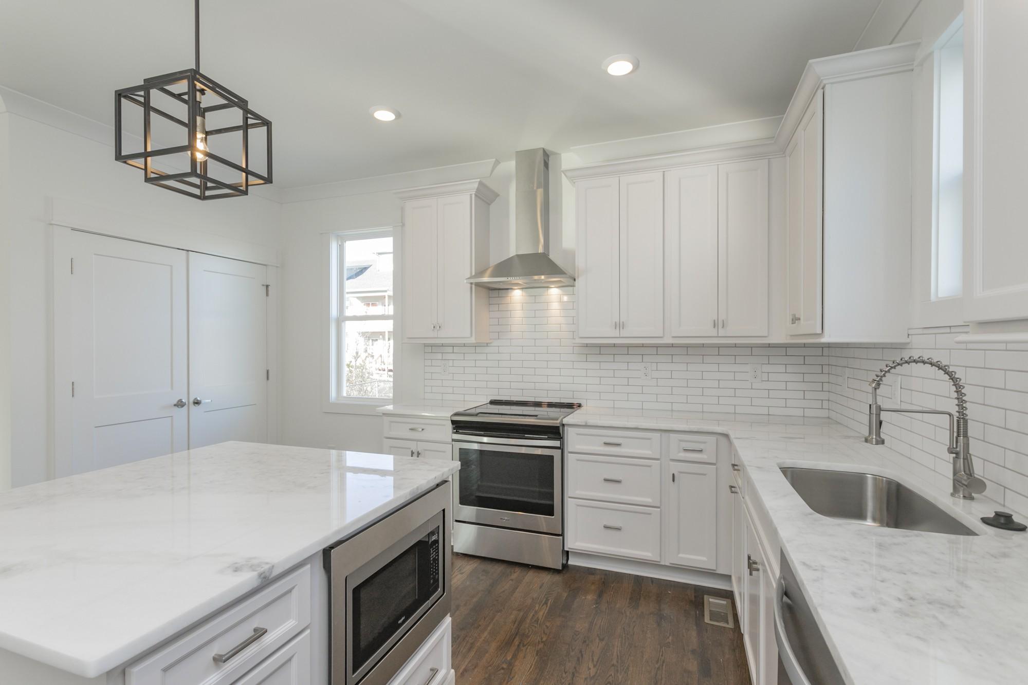 6374D Ivy St, Nashville, TN 37209 - Nashville, TN real estate listing