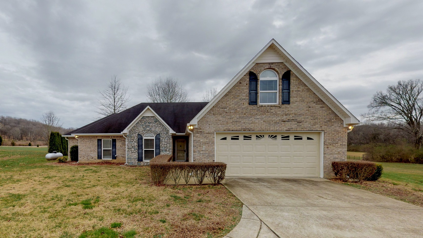4027 Trousdale Ln, Columbia, TN 38401 - Columbia, TN real estate listing