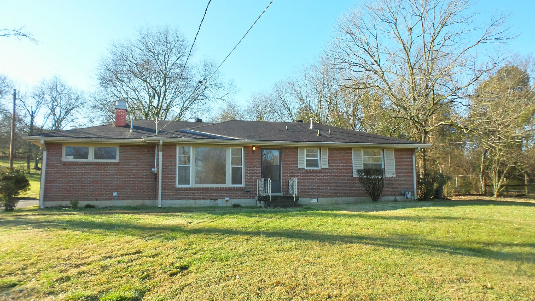 334 Ewing Dr Property Photo
