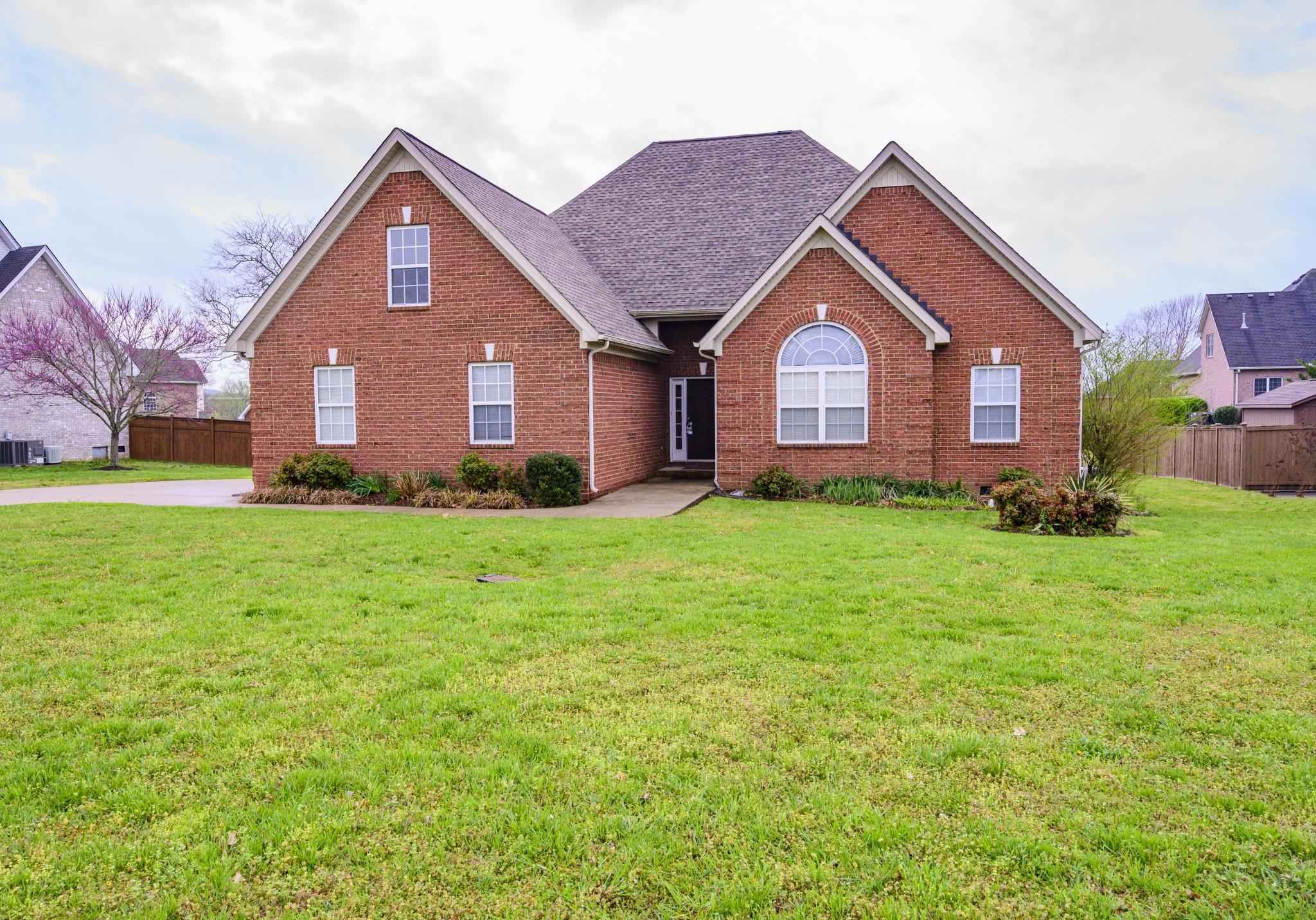 1016 Farmhouse Rd Property Photo - Lascassas, TN real estate listing