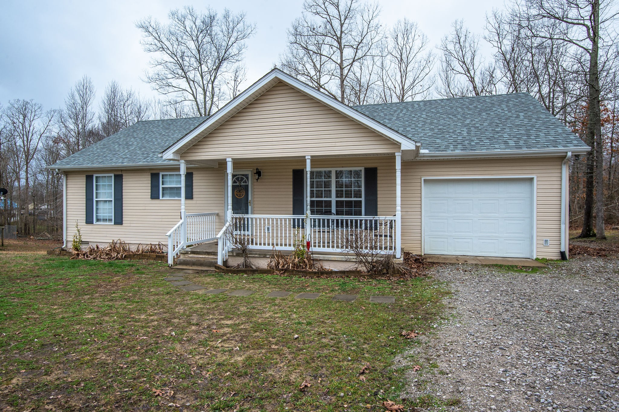 425 Station Dr, Waverly, TN 37185 - Waverly, TN real estate listing