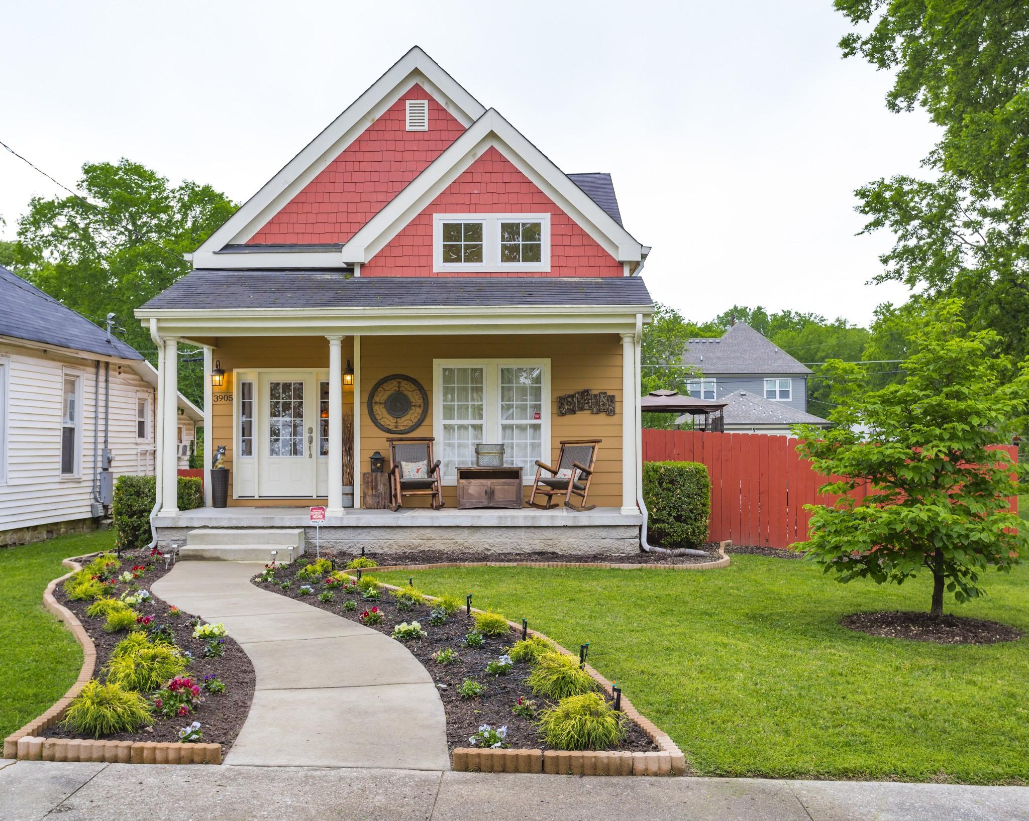 Charlotte Park Real Estate Listings Main Image